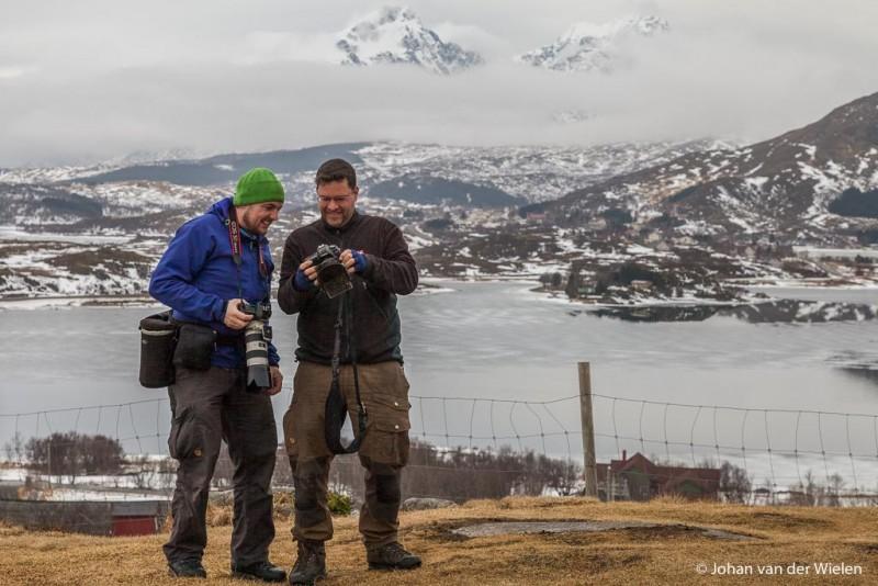 Vrienden Johan en Finn Snaterse, oprichters van Wolverine Travel, samen op Lofoten