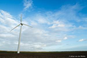 Geen gebruik gemaakt van de shift functie, de windmolen lijkt naar achteren te vallen, Laowa 15mm op 1,6x crop.