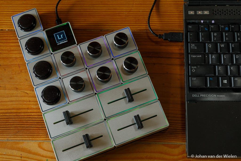 Door de kleuren toe te wijzen kun je makkelijker knoppen en schuiven die vergelijkbare stappen doen 'groeperen'. Dat maakt het snel zoeken naar de goede knop makkelijker.