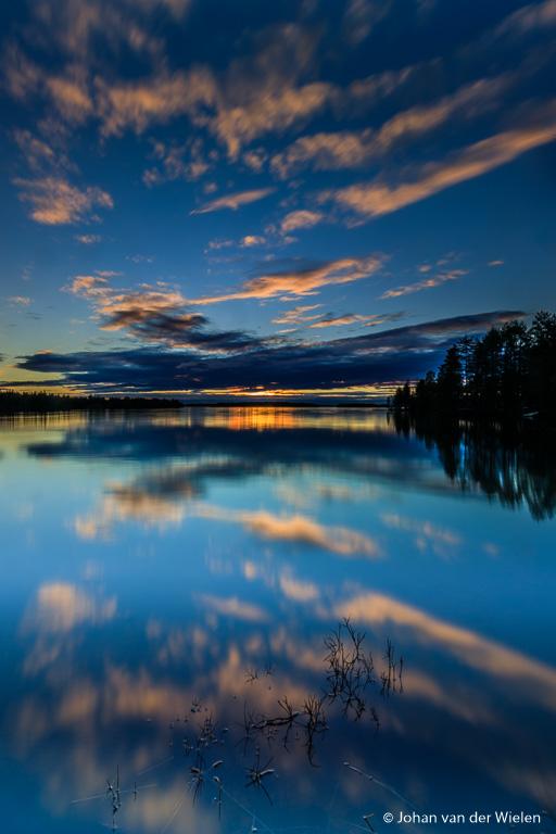Windstilte zorgt voor spiegelgladde reflecties