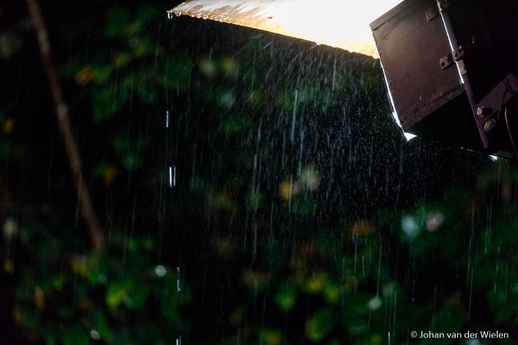 Ja, het regende goed die avond…
