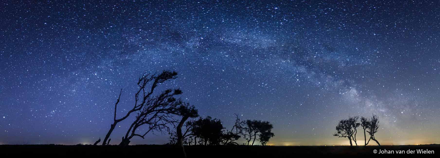 De Melkwegboog boven Schiermonnikoog