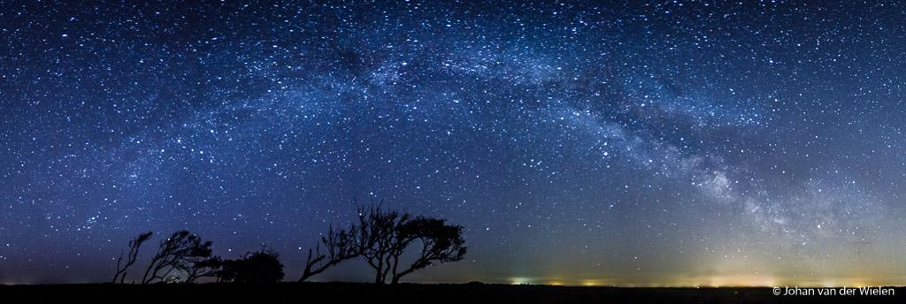 De Melkweg boog, gefotografeerd in 2017, doel van de nacht in mei 2018.