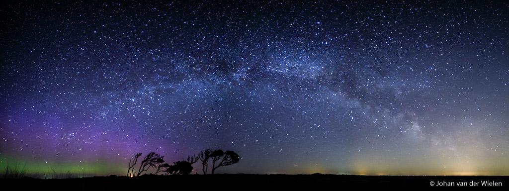 Zelfs de donkerste plek van Nederland, de kwelder van Schiermonnikoog, waar je spectaculaire hemelverschijnselen kunt zien... is niet verstoken van lichtvervuiling.