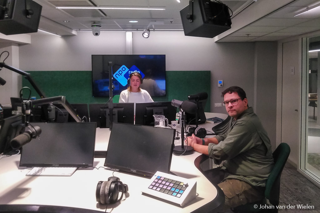 Te gast bij het programma 'Dit is de Nacht' op NPO radio 1