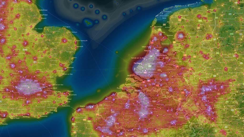 De Light Pollution Map geeft een goed beeld over waar je het beste heen kunt gaan.