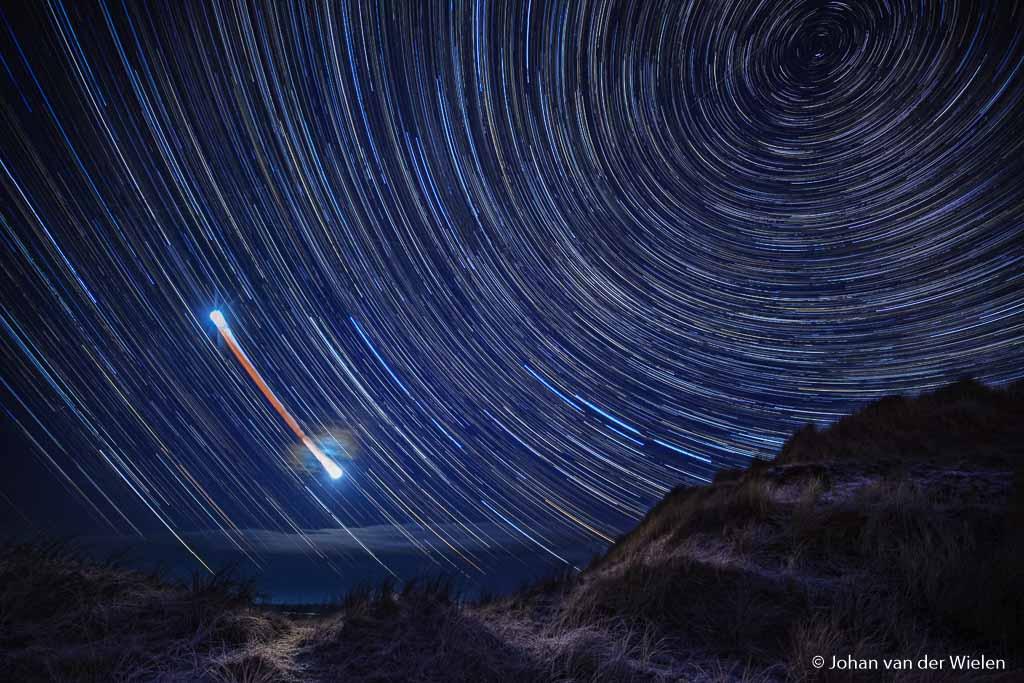 Het proces van maansverduisteringen sterrensporen in de tijd.