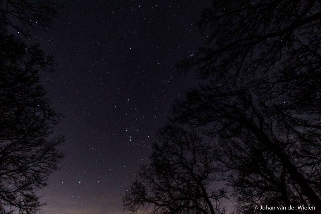 "Foto met Benro True Night filter, witbalans op 5000K, ISO12.800, f/5 en 6""."