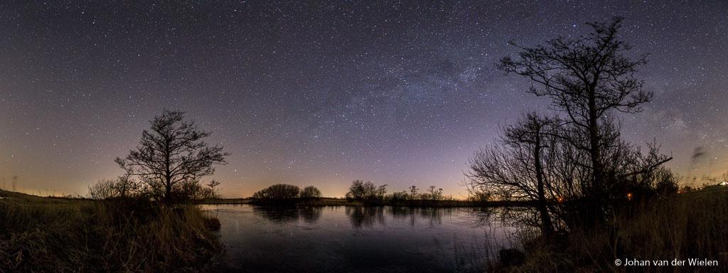 De Melkweg boven natuurgebied de Alde Faenen.