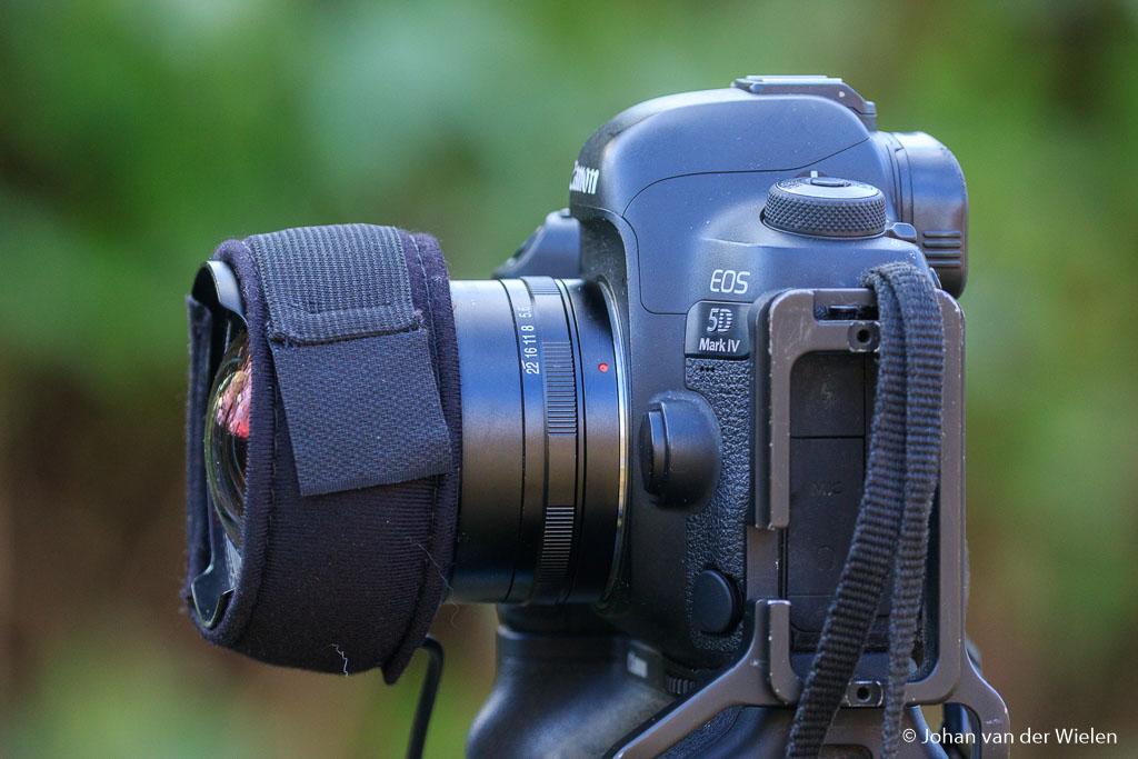 Met een dauwlint verwarm je het frontelement van je lens om mogelijke condensvorming in de nacht te voorkomen.